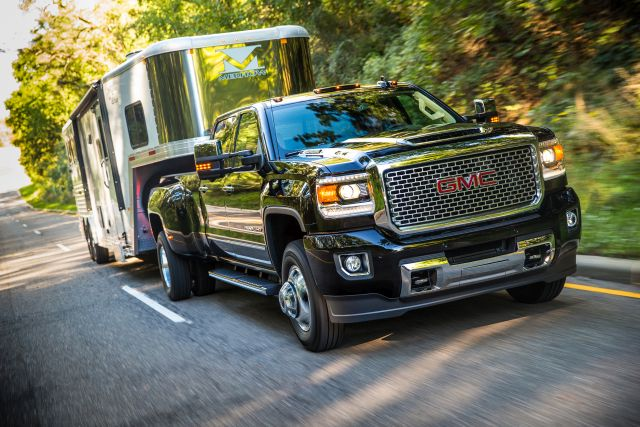 Best Diesel Engine Truck >> 14 Best Diesel Pickup Trucks You Can Buy