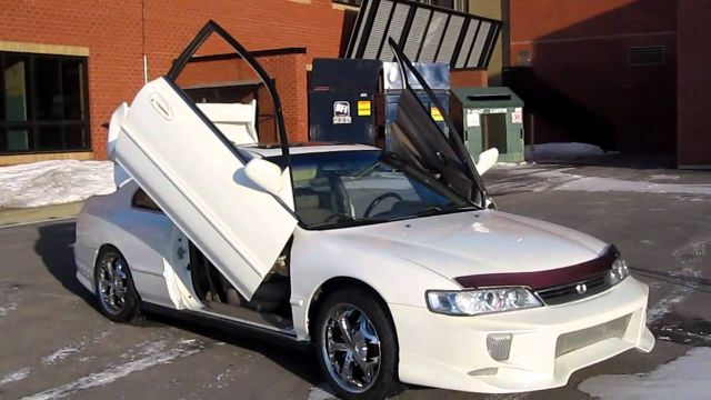 20 Dumbest Car Modifications and Accessories You must see
