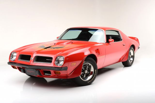 30 Iconic Pontiac Cars Fans Can Never Forget