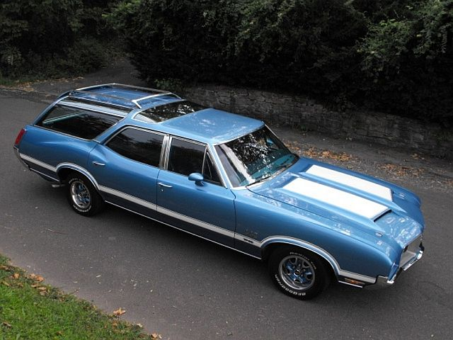 20 Crazy Station Wagons That are Faster Than a Sports Car