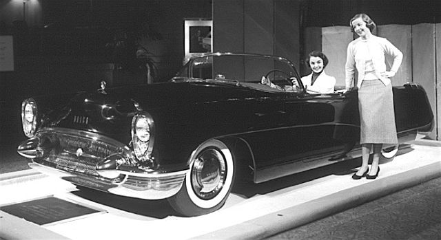 14 Legendary Mysteries of Famous Lost Cars