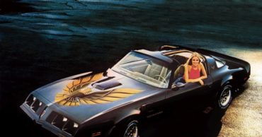 20 Unbelievably Cool Classic Muscle Car Graphics