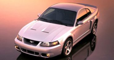 20 Superb Groundbreaking Modern Muscle Cars From Detroit Ever Produced