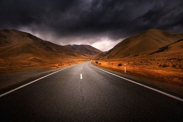 The World's Most Dangerous and Deserted Roads