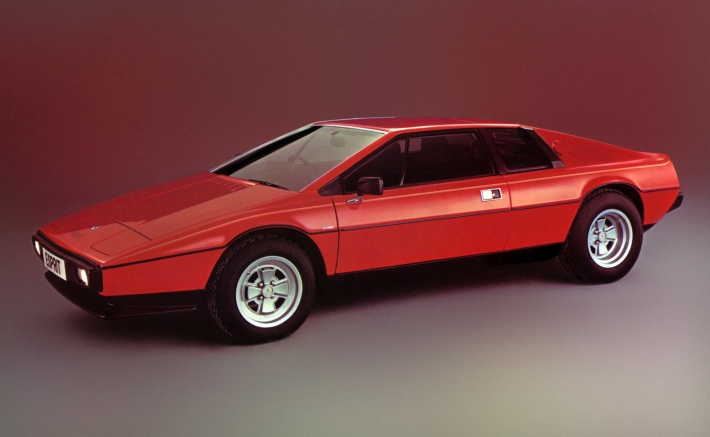 20 of the Most Memorable and Cool-Looking Wedge-Shaped Cars Ever Made