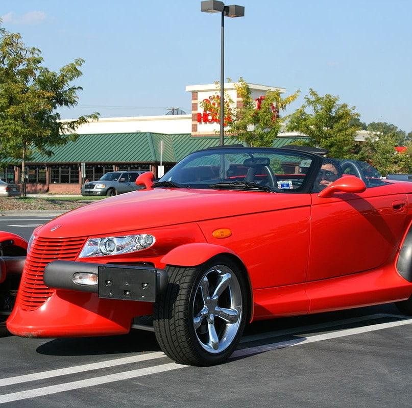 20 Unique Performance Cars That Were Sales Flops